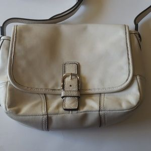 Coach Hadley field Crossbody bag